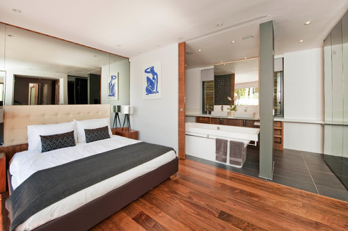 https://www.houzz.com/photos/1919385/Morden-Road-Mews-modern-bedroom-london
